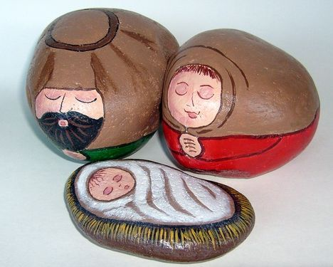 Large Red-Green Indoor/Outdoor Nativity Set